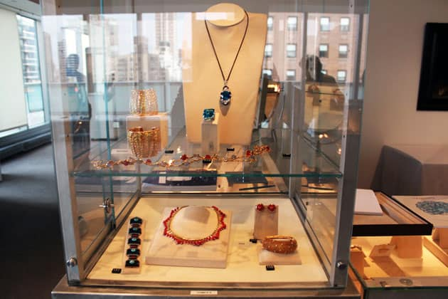 Sotheby's Magnificent Jewels Saphire Jewelry