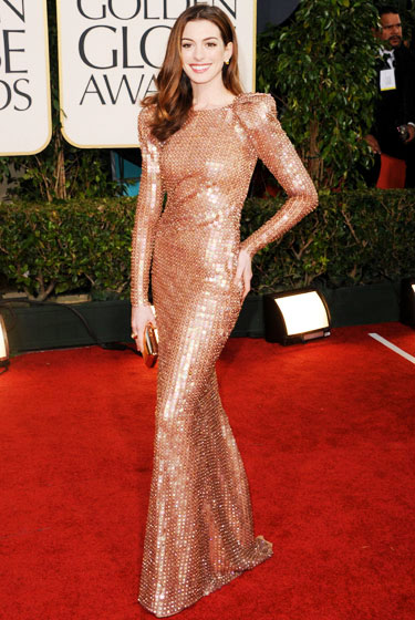 2011 Golden Globe Awards Anne Hathaway wears Armani Prive dress