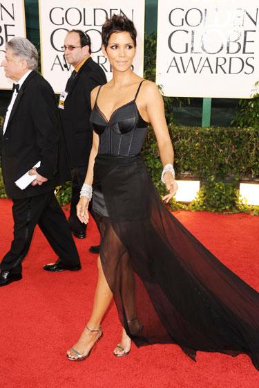 2011 Golden Globe Awards Halle Berry wears Nina Ricci dress
