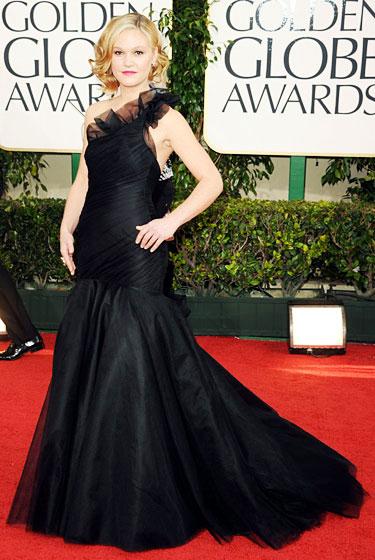 2011 Golden Globe Awards Julia Stiles wears Romona Keveza dress