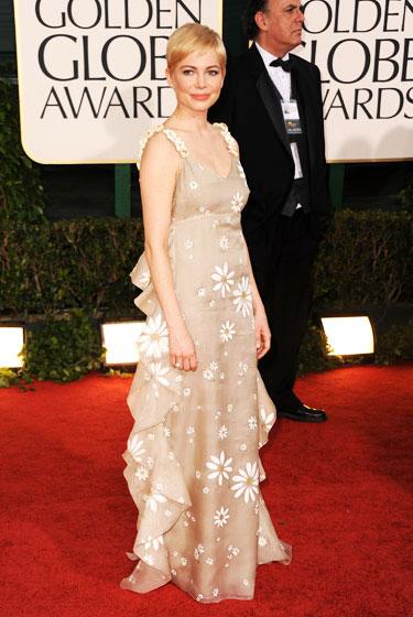 2011 Golden Globe Awards Michelle Williams wears Valentino dress