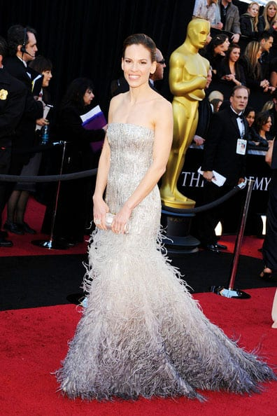 Oscars 2011 Red Carpet Hilary Swank Wears Gucci Premiere