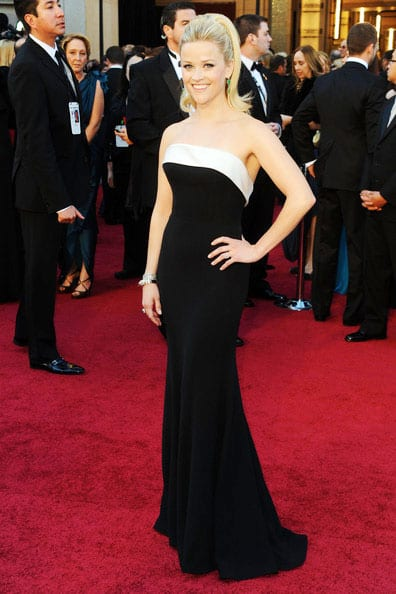 Oscars 2011 Red Carpet Reese Witherspoon Wears Armani Prive