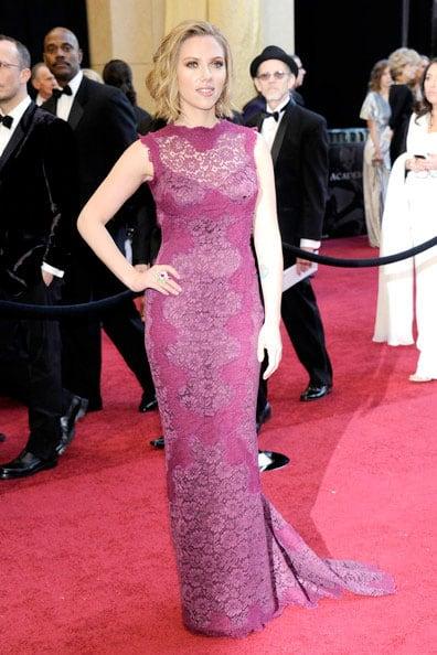 Oscars 2011 Red Carpet Scarlett Johansson Wears Dolce & Gabbana