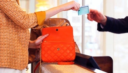 Marc Jacobs Spring 2011 Lookbook Film Product Placement - American Express